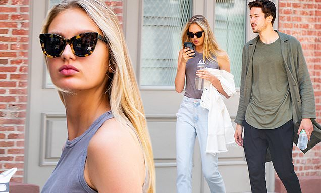 Romee Strijd keeps it casual for a stroll in New York City with beau Laurens van Leeuwen in NYC