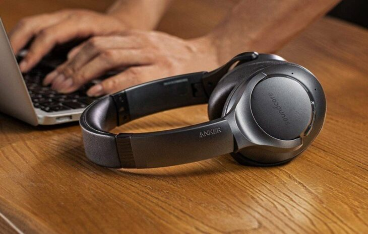 The Anker Soundcore Life Q20 noise-cancelling headphones drop to just $43