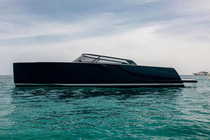 VanDutch 40.2 Yacht