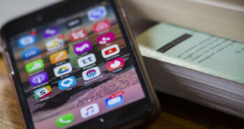 Spotify, Venmo, other iPhone apps briefly crash for some users