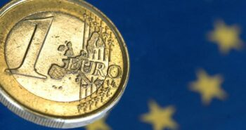 EUR/JPY Races Higher as EUR/USD Maintains Triangle – What's Next for the Euro?