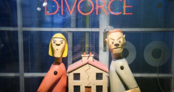 Australian Authorities Want an AI To Settle Your Divorce