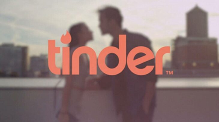 Pakistan bans Tinder, four other apps over 'immoral content'