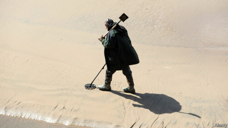 Britain's treasure-hunting hobbyists get professional