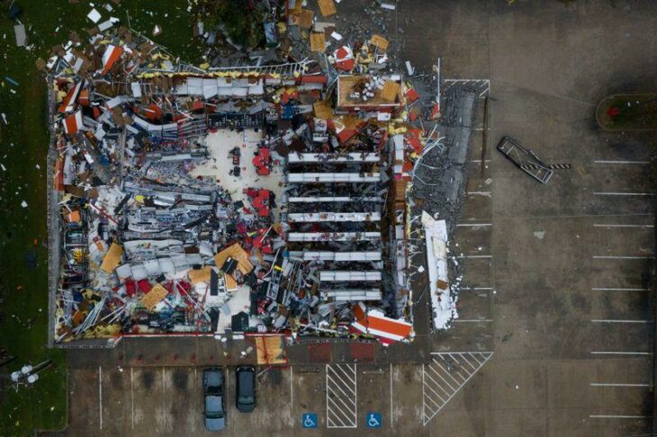 Fact check: Hurricane Laura post includes some misplaced images – Reuters